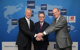 (l-r) Dr. Andreas Gruchow, Member of the Managing Board, Deutsche Messe AG, Dr. Christoph Beumer, CEO, The BEUMER Group, and Sascha Schmel, Chairman of the Materials Handling & Intralogistics Association within the German Engineering Federation (VDMA)